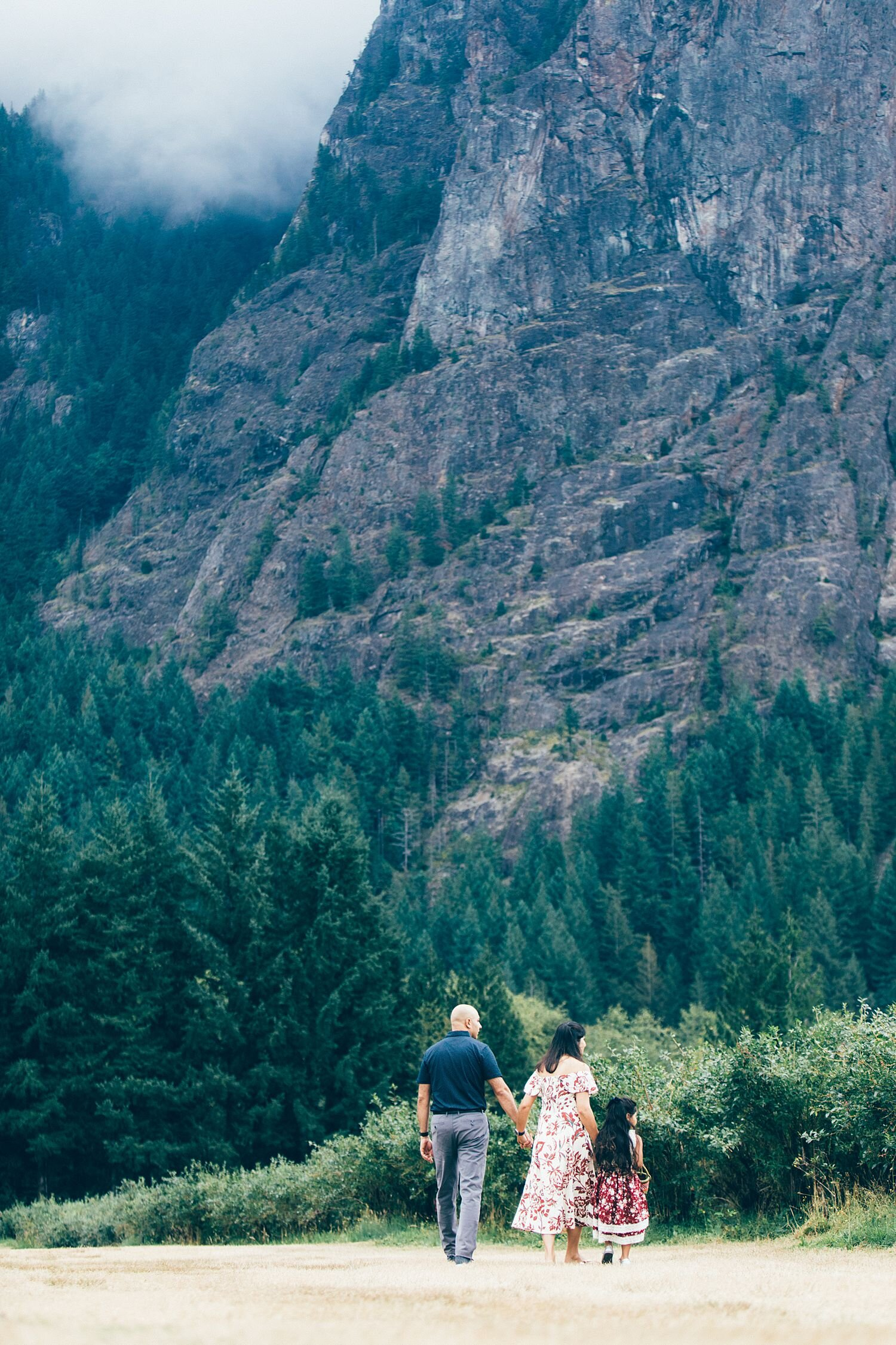 the Happy Film Company - Bybee Blueberry Farm - Seattle Family Photography - August - Indian - Mount Si