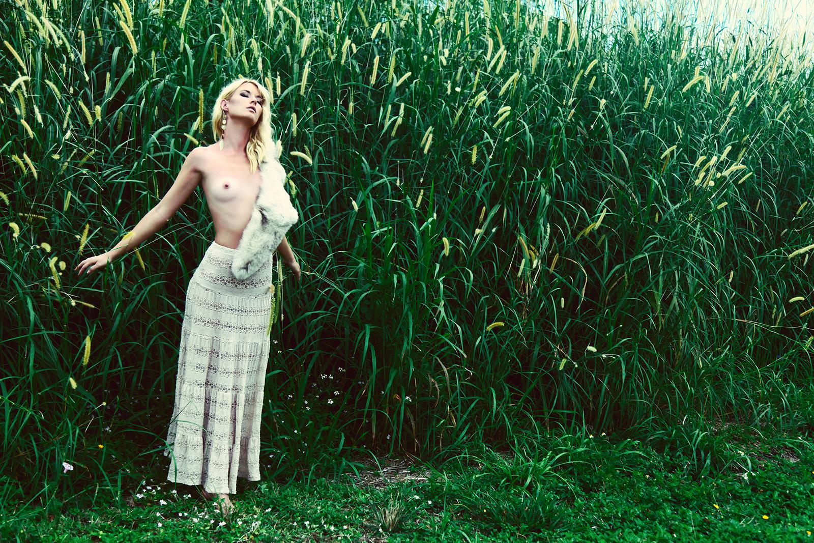 Evie Lynn-Au Naturale_07.jpg