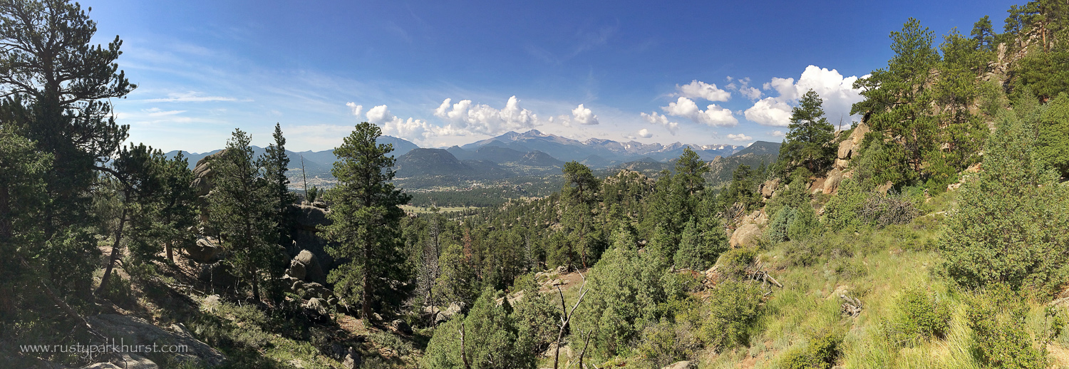 A panoramic view from along the trail. It was a beautiful morning, but we knew that rain showers were a definitepossibility for after noon.