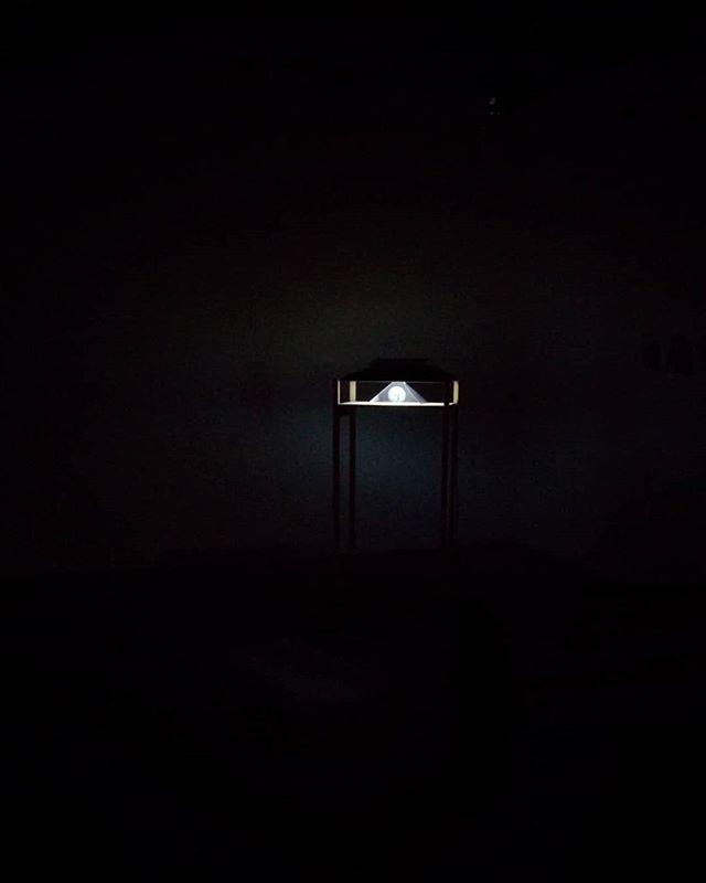 First install test of my lo-fi hologram for a new work. . . . . . . #lofi #diy #hologram #art #potd #vca #studio #wip #tech #melbourneartist