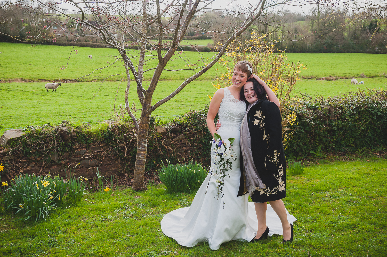 Taunton-Wedding-Photographer-20.jpg