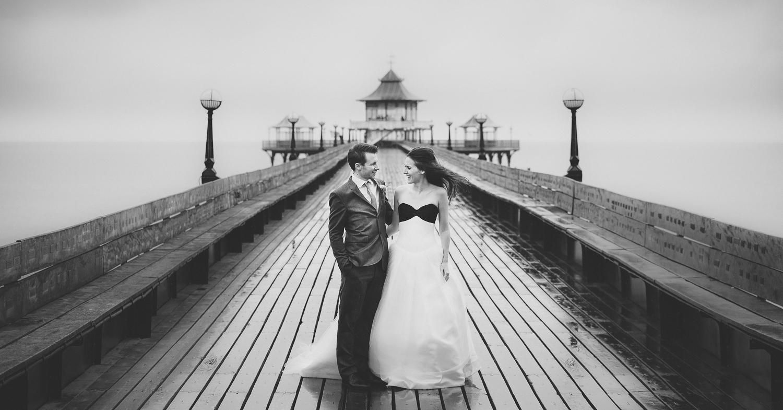 Clevedon-pier-wedding-photographer-55