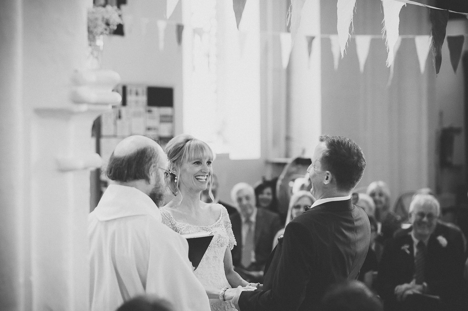 portished-wedding-photographer-court-farm-country-park-2.jpg