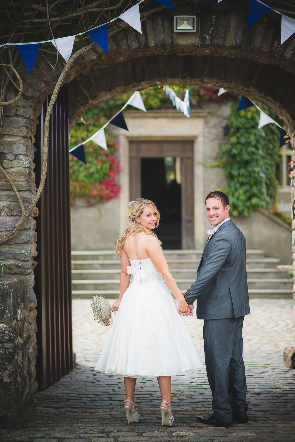 Walton-castle-wedding-photographer-clevedon-3.jpg