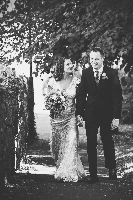 best-natural-bristol-wedding-photographer-3.jpg