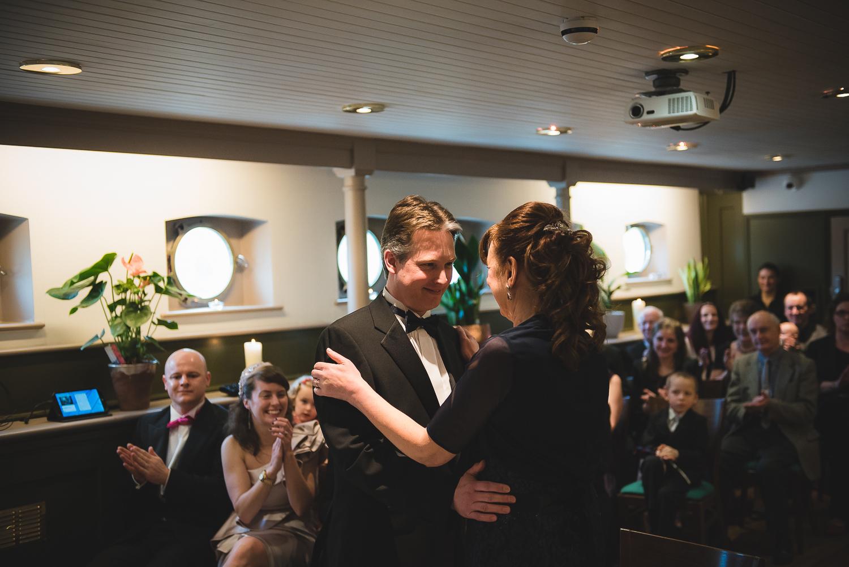 Glassboat-bristol-wedding-photography-40.jpg