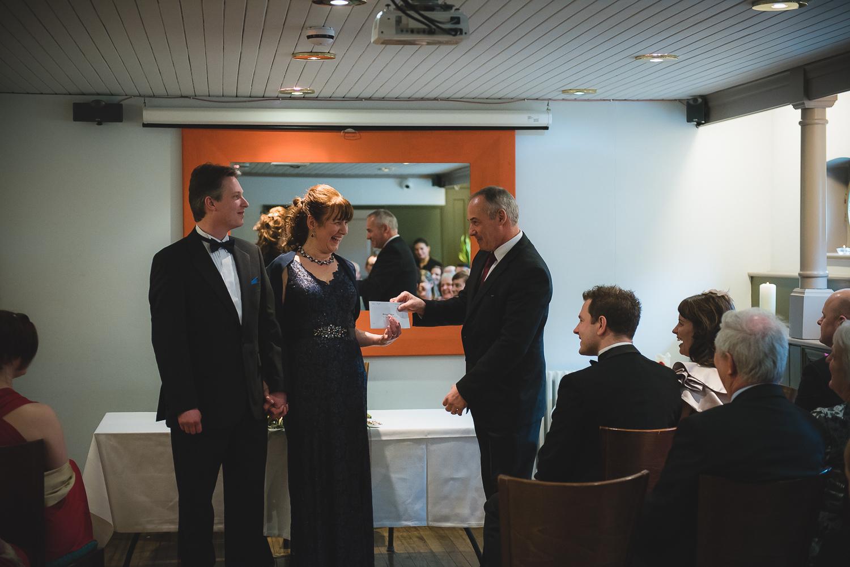 Glassboat-bristol-wedding-photography-41.jpg
