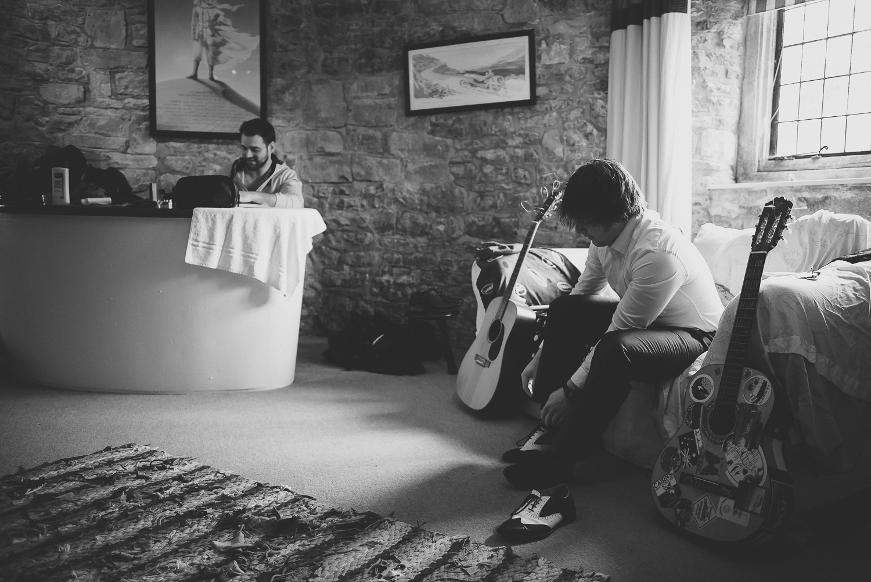 wedding-photographer-bristol-walton-castle-18.jpg