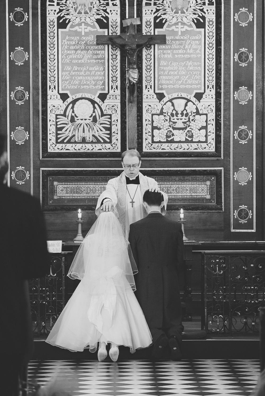 wedding-photographer-london-ham-polo-club-39.jpg