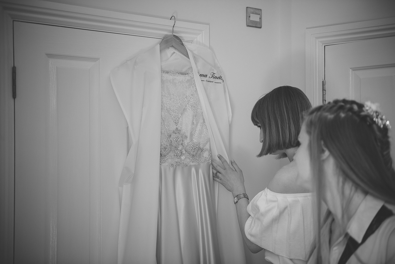 wedding-photographer-sussex-tipi-6.jpg