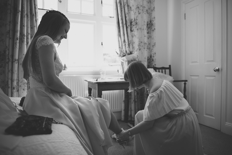 wedding-photographer-sussex-tipi-20.jpg