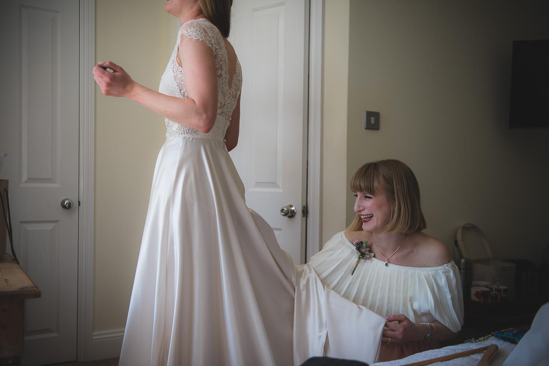 wedding-photographer-sussex-tipi-22.jpg