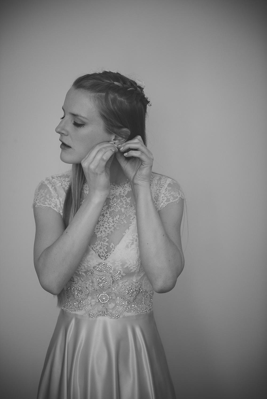 wedding-photographer-sussex-tipi-25.jpg