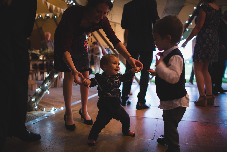 wedding-photographer-sussex-tipi-124.jpg