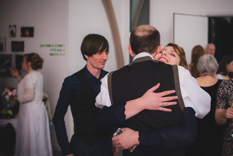 natural-wedding-photographer-bristol-4.jpg