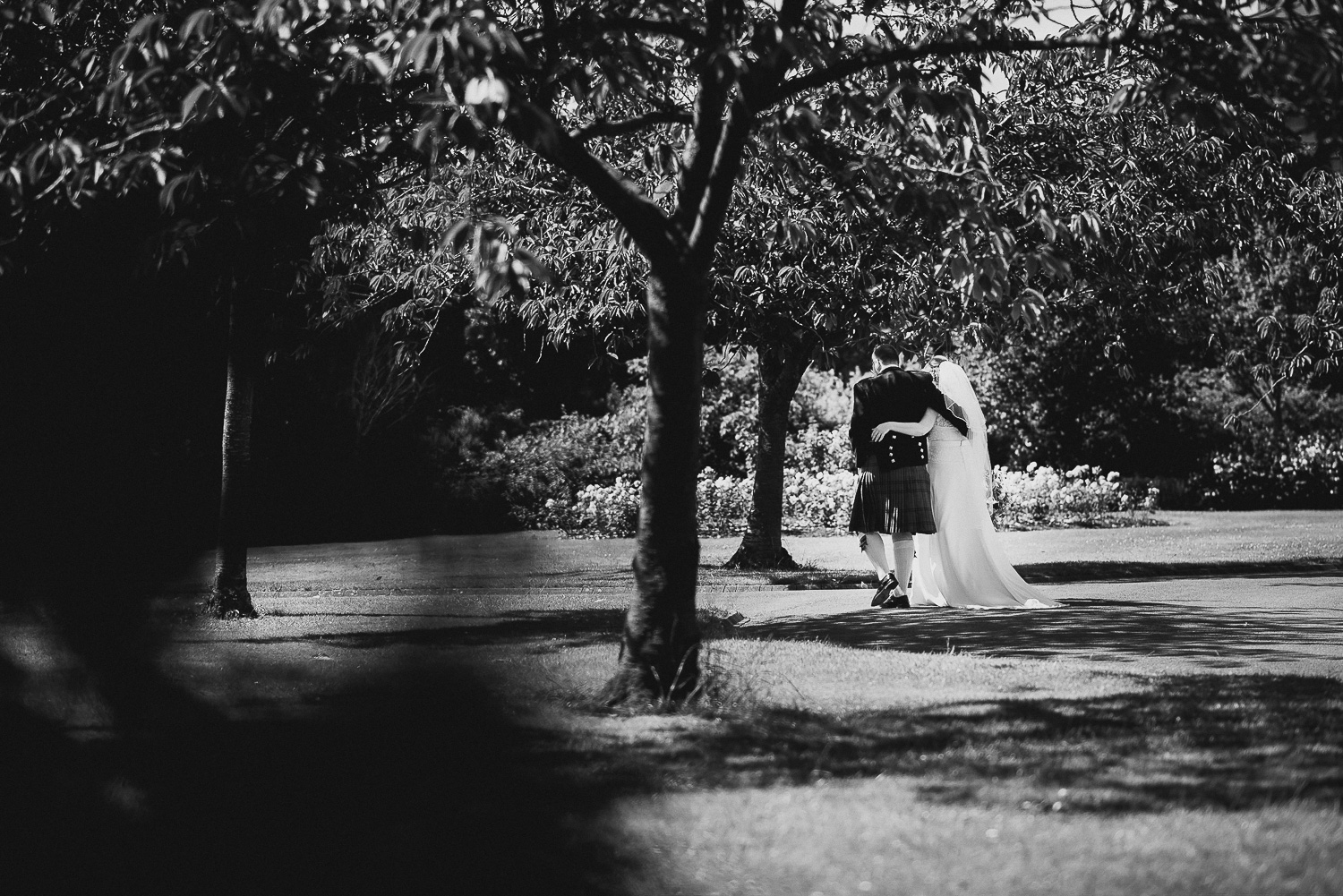 wedding-photographer-cardiff-university-19.jpg