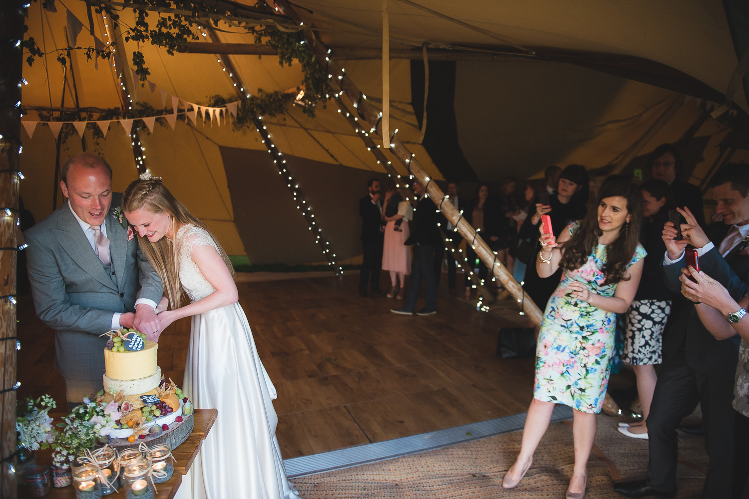 wedding-photographer-sussex-tipi-115.jpg