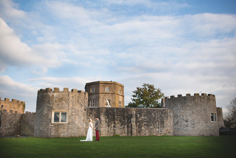 pregnant bride at walton castle clevedon