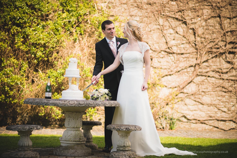 wedding-photographer-clevedon-walton-castle-11.jpg