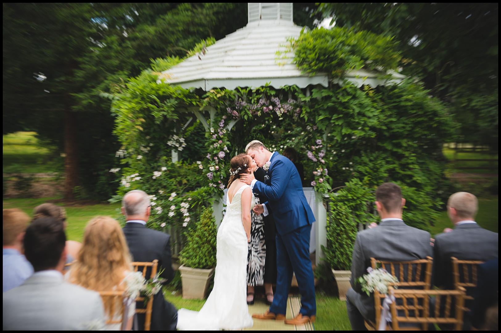 zooming-long-exposure-wedding-photography