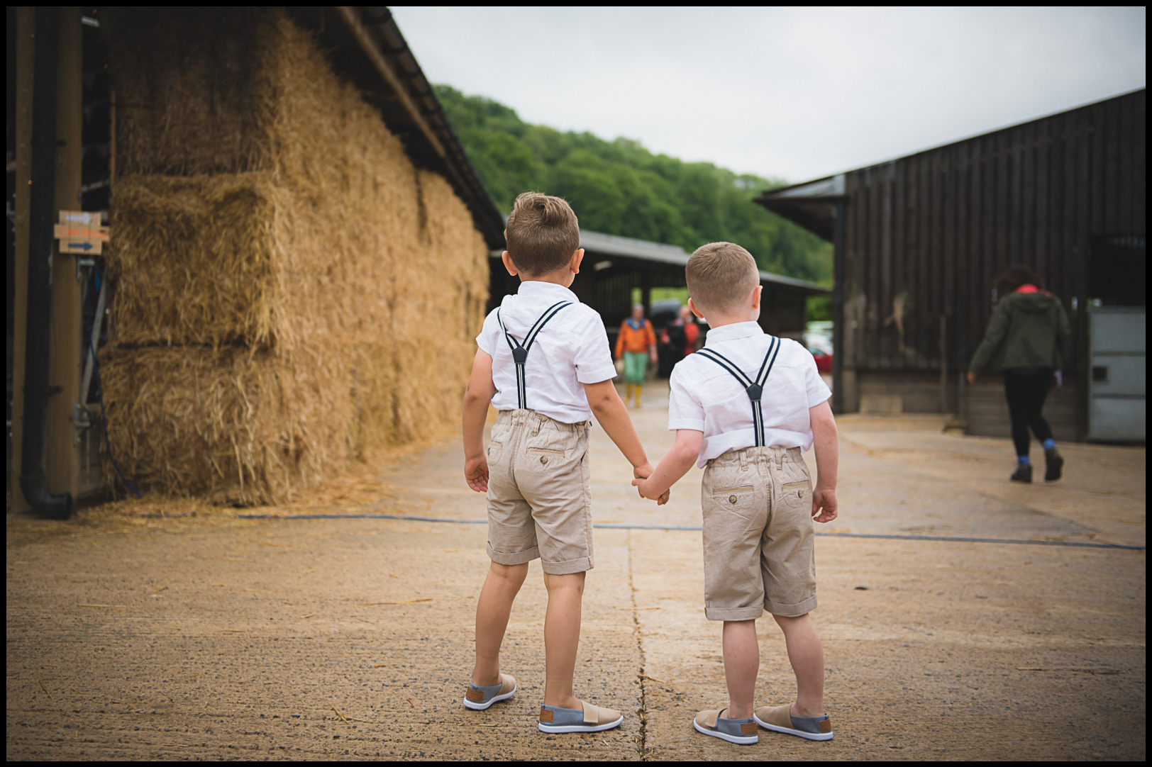 south west wedding photographer cute outfits for children at weddings