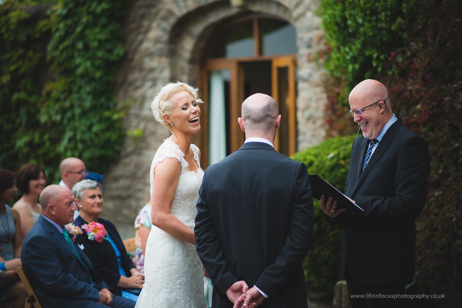somerset-wedding-photographer-castle-venue-clevedon-11.jpg