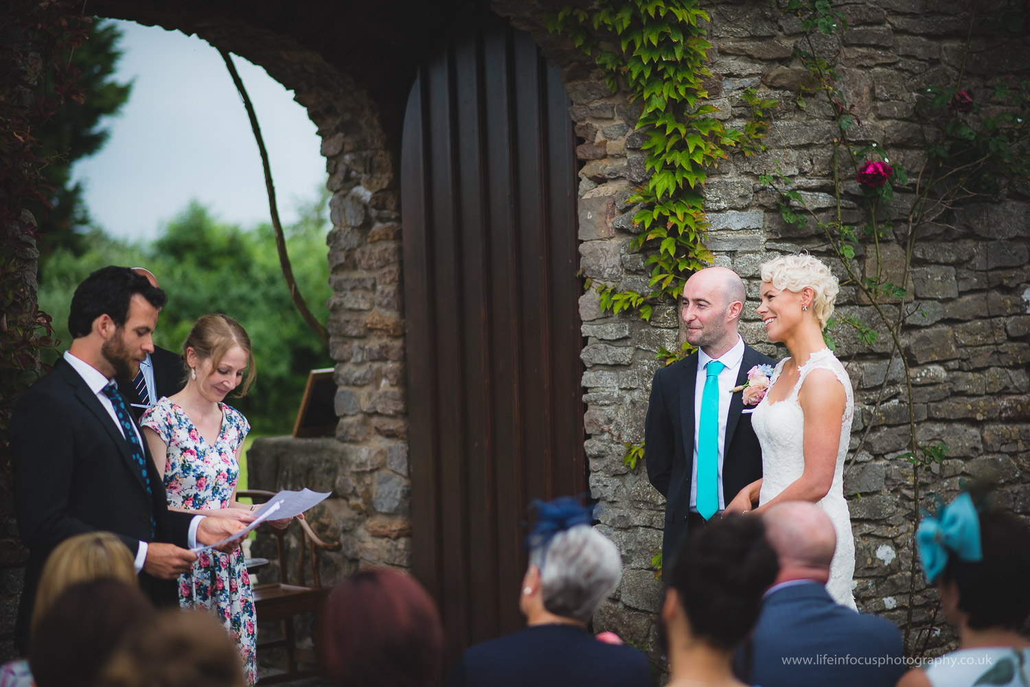 somerset-wedding-photographer-castle-venue-clevedon-12.jpg