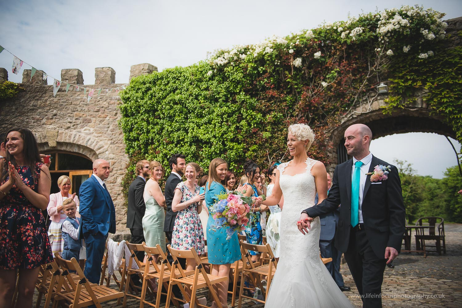 somerset-wedding-photographer-castle-venue-clevedon-16.jpg