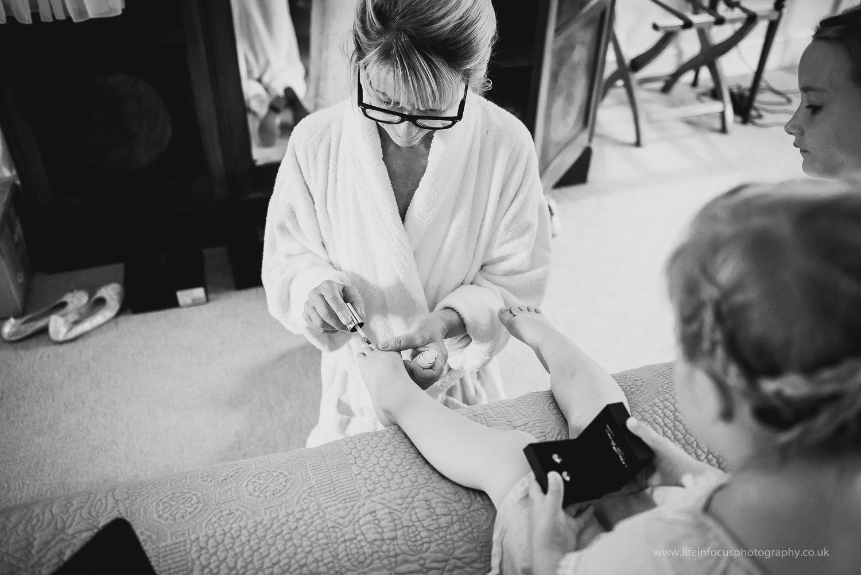 wedding-photographer-taunton-4.jpg