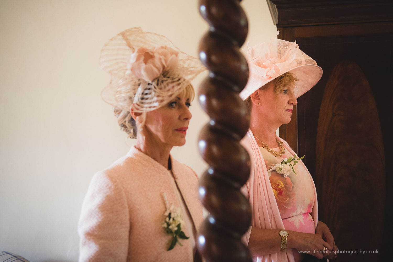 wedding-photographer-taunton-9.jpg