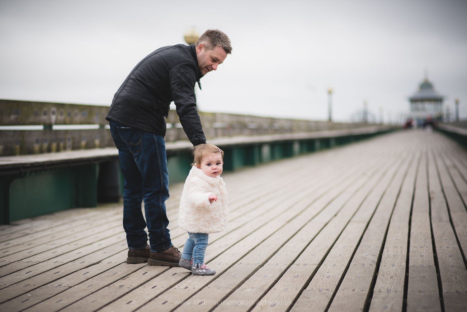 clevedon-pier-family-photo-session-12.jpg