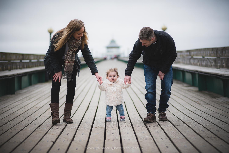 clevedon-pier-family-photo-session-3.jpg