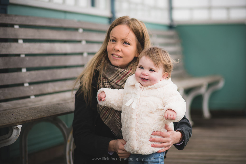 clevedon-pier-family-photo-session-22.jpg