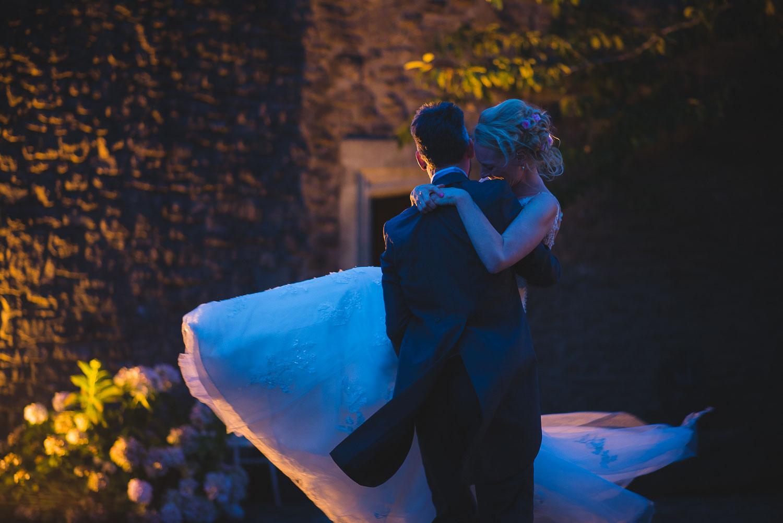 castle-wedding-photographer-bristol-11.jpg