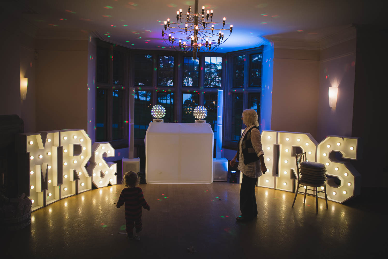combe-lodge-wedding-photography-somerset-110.jpg