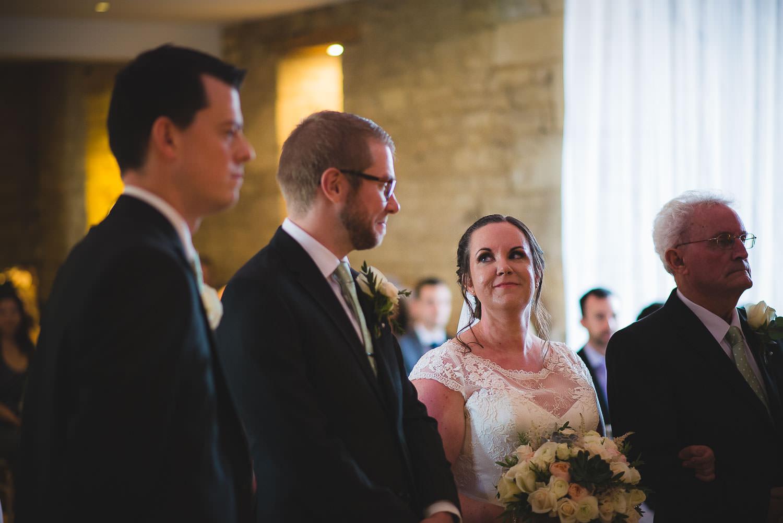 great-tythe-barn-wedding-photography-tetbury-40.jpg