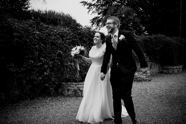 great-tythe-barn-wedding-photography-tetbury-66.jpg