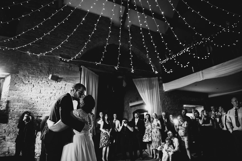 great-tythe-barn-wedding-photography-tetbury-99.jpg