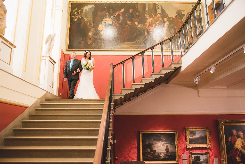 Oxford-wedding-photographer-Ashmolean-museum-19.jpg