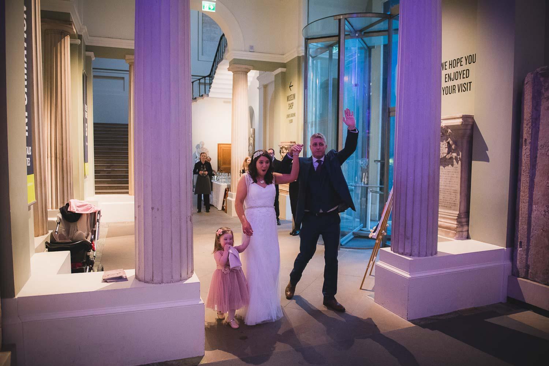 Oxford-wedding-photographer-Ashmolean-museum-69.jpg