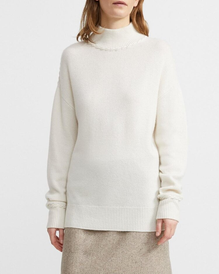 Theory cashmere whipstitch turtleneck in ivory, $650