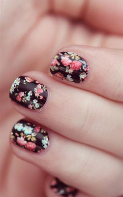 Floral nails @ Pinterest.com