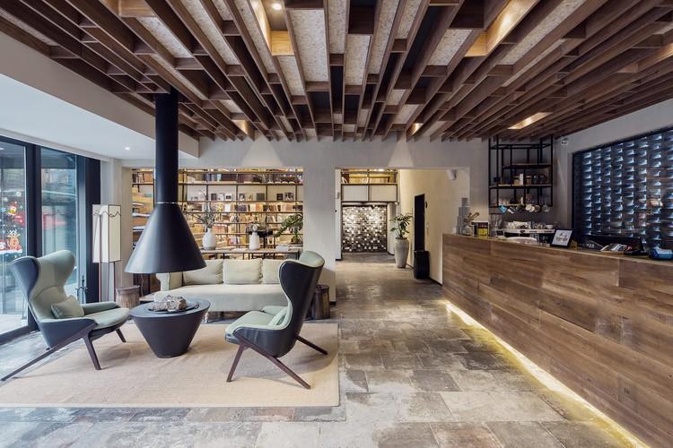 boutique hotel.jpg