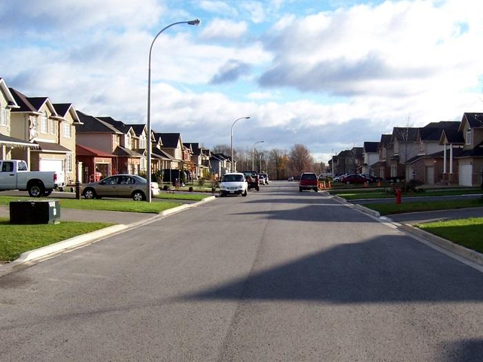 wide street suburb.jpg