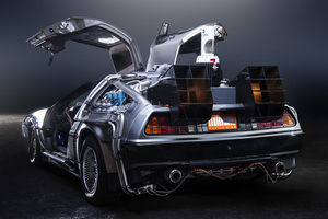 the  back to the future time machine: a delorean. (by terabass.)