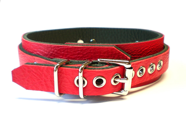 standard buckle - fire red