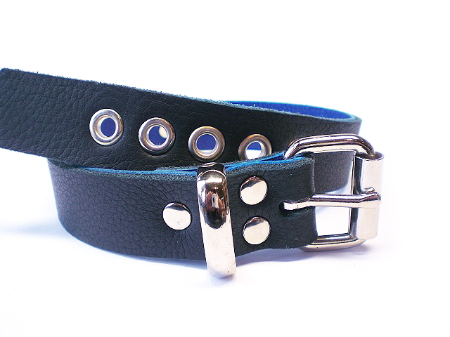 standard buckle view - soft black w/blue inlay