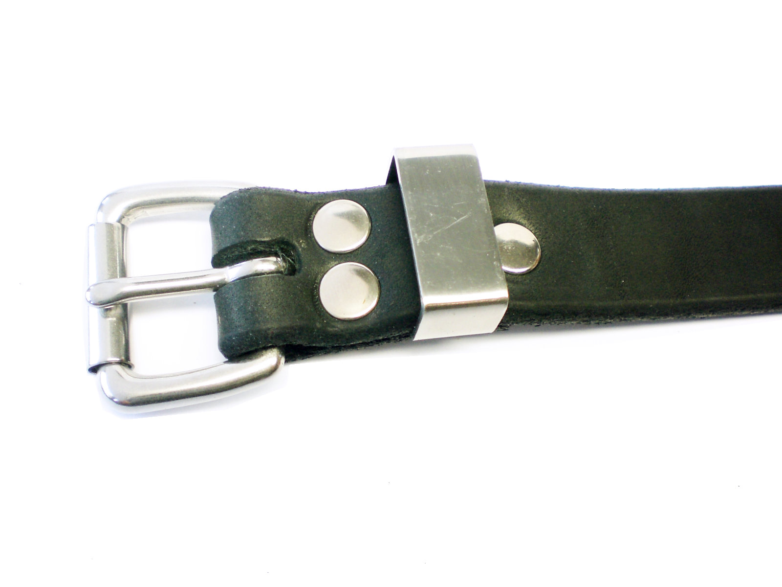 standard buckle and stainless steel keeper