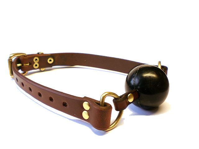 brown bridle leather