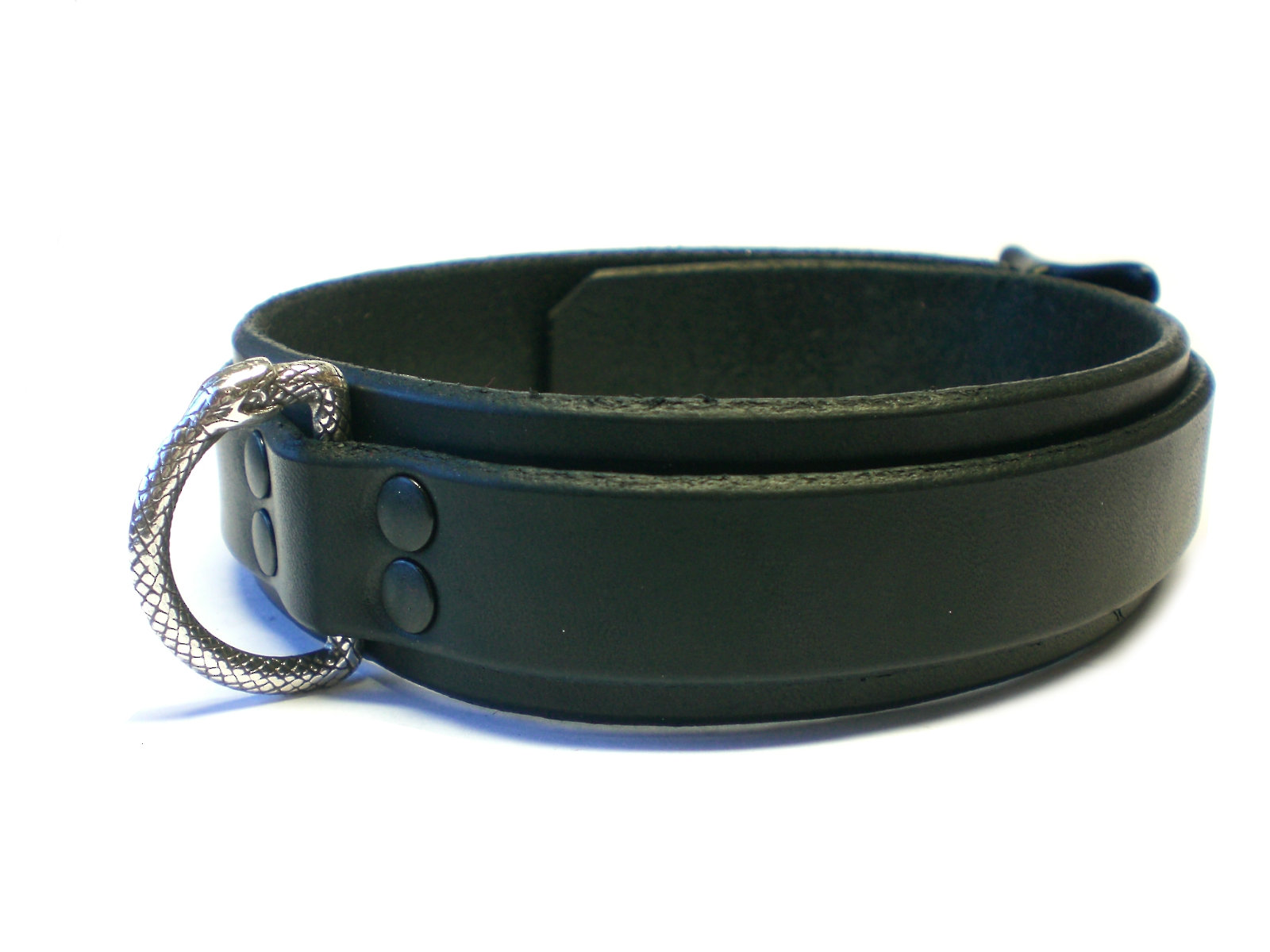side view - black rivets, blk latigo
